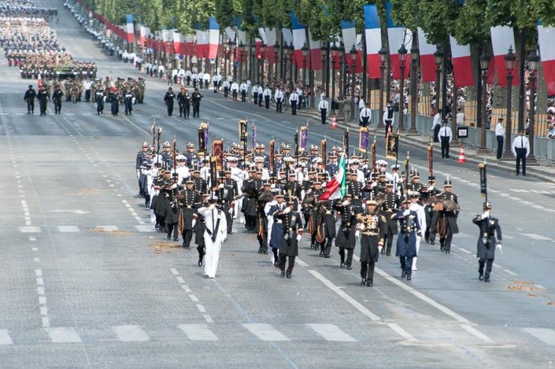 Armée Française / French Armed Forces - Page 11 754