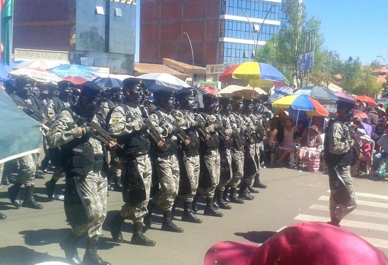 Armée bolivienne - Page 2 797