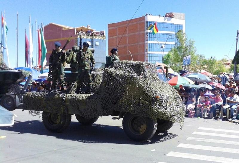 Armée bolivienne - Page 2 798