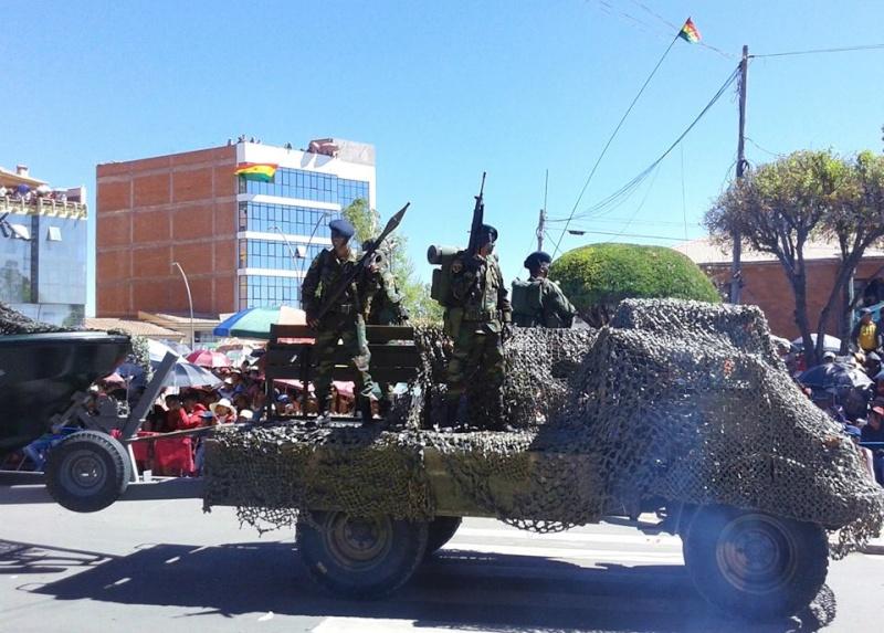 Armée bolivienne - Page 2 881