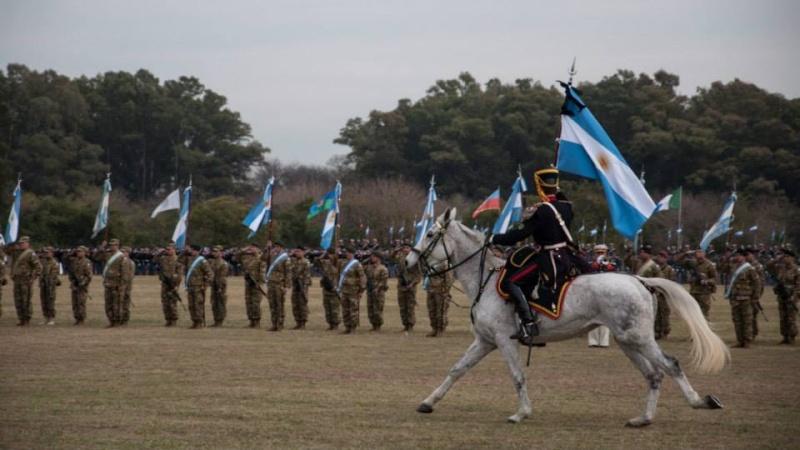 Armée argentine/Fuerzas Armadas de la Republica Argentina - Page 11 911