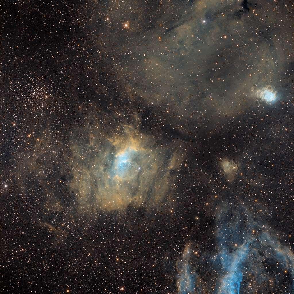 NGC7635 au CCA250, SHO 35H de pose Ngc76315