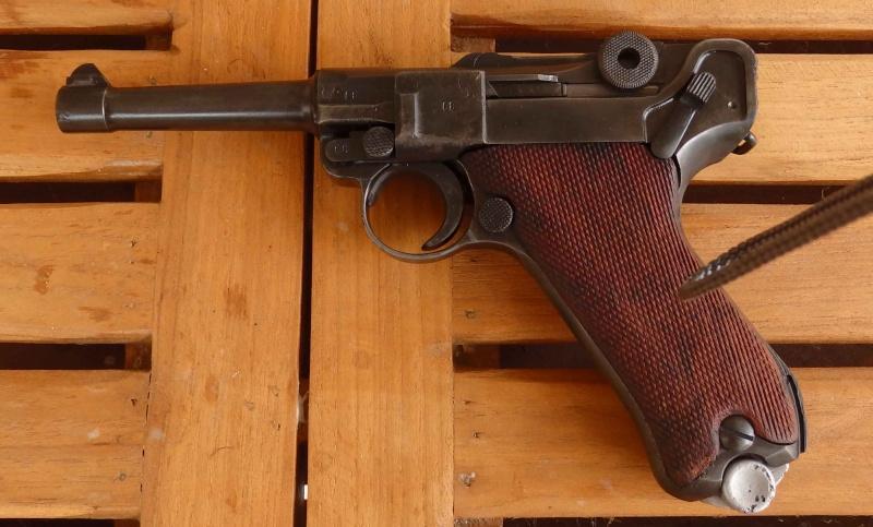 Réflexions sur la production de pistolets Luger P 08, par Mauser, en 1945-1946. - Page 2 410