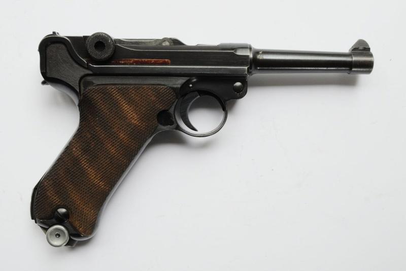 Un rare Luger de police, Erfurt-Mauser daté de 1940. Erfurt12