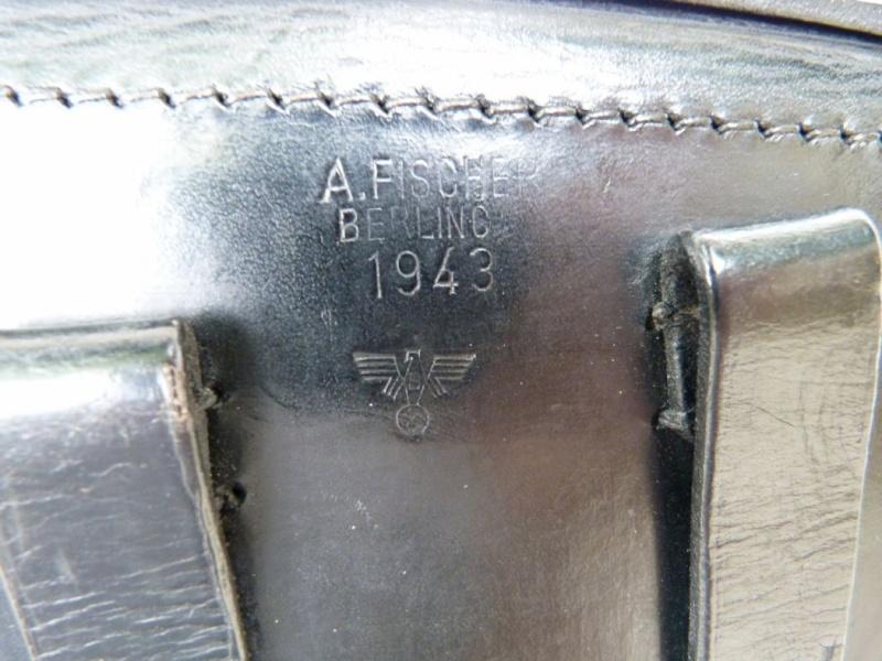 Un rare Luger de police, Erfurt-Mauser daté de 1940. Holste14