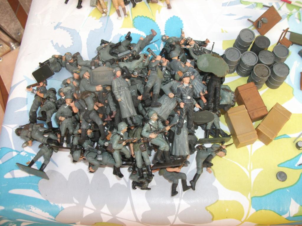 Adrian et une armée 00240