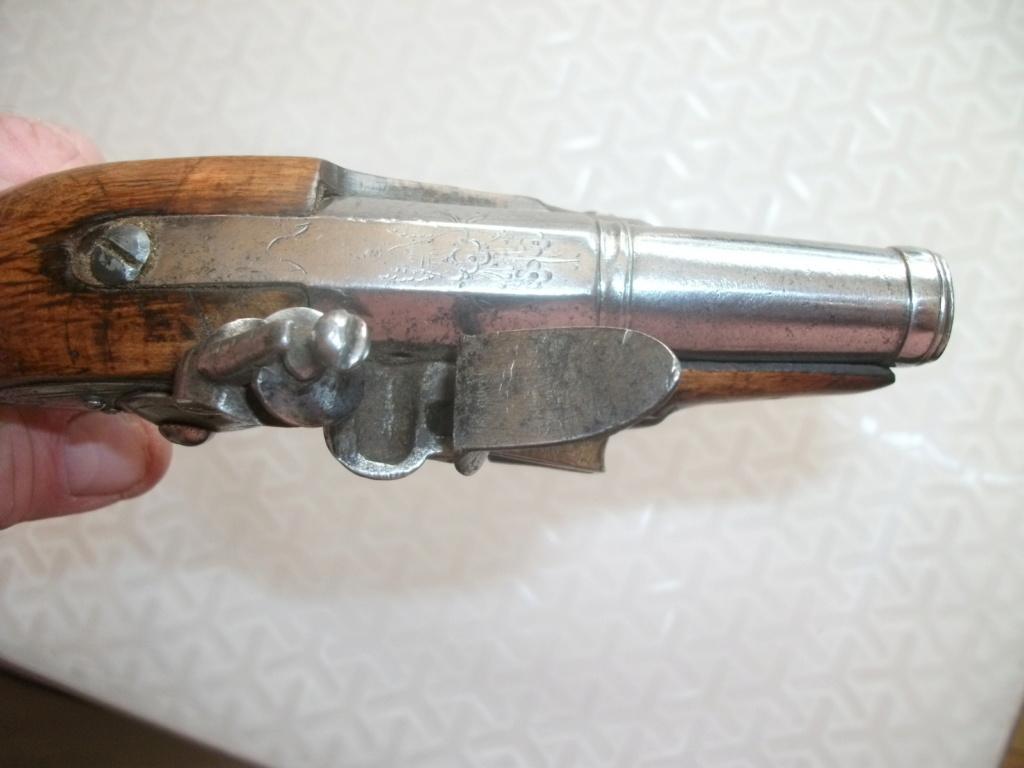 Estimation Pistolets poudre noire 02311