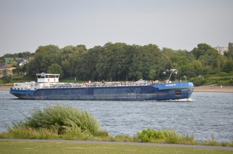 Der Rhein bei Mondorf am 22.07.2015 Dsc_1019