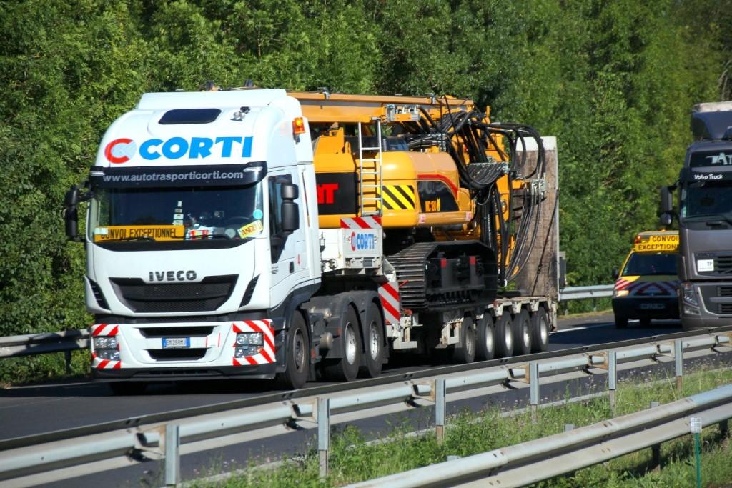 Autotrasporti Corti Srl - Lecco Img_6846