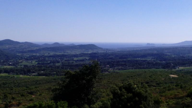 Deux trois photos des hauteurs du Castellet ce week du 21 juin 2015  Img_2011