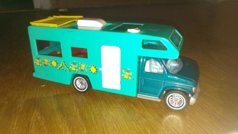 N°3030.1 - Winnebago Camping car Imag0011