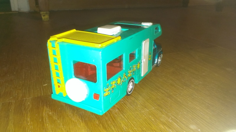 N°3030.1 - Winnebago Camping car Imag0012