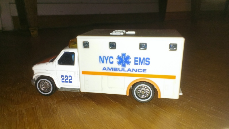N°3030.3 - Ambulance Imag0013