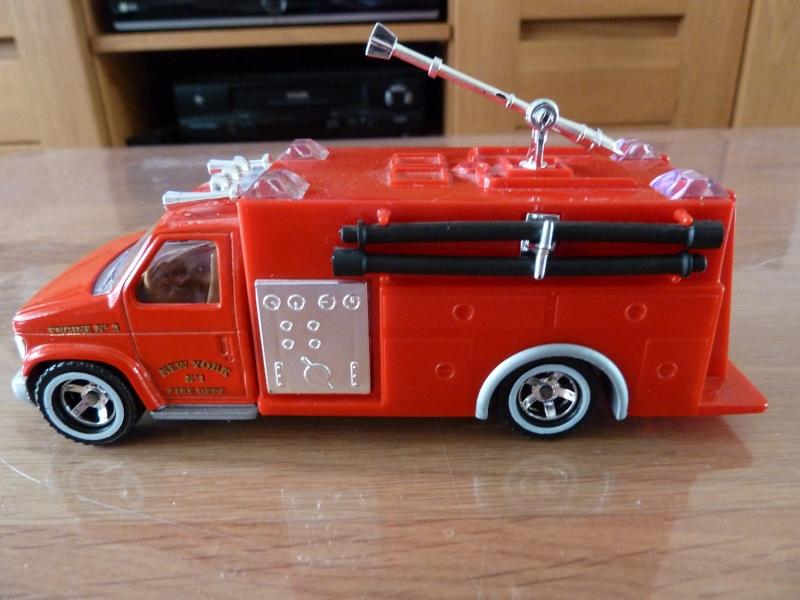 N°3030.4 - Ambulance - Pompier Fire P1060414