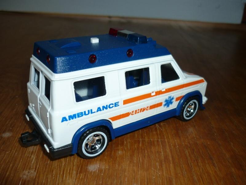 N°3021 Ambulance P1090716