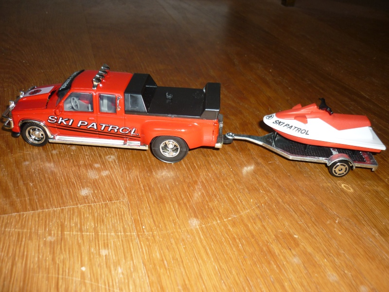 N°3234 Chevy Sportside + remorque Jet ski P1090717