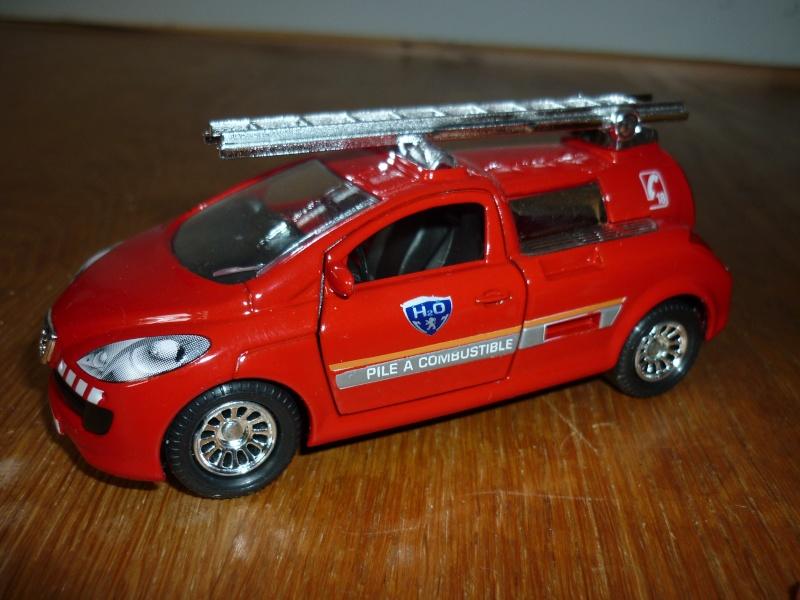 N°3038 Concept Car H2O Pile à hydrogène Pompier - Base peugeot 206 P1090722