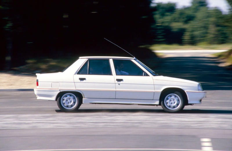 Les 30 ans de la Renault 9 TURBO Renaul12