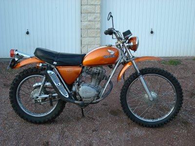 quelques unes de mes anciennes motos... Sl10