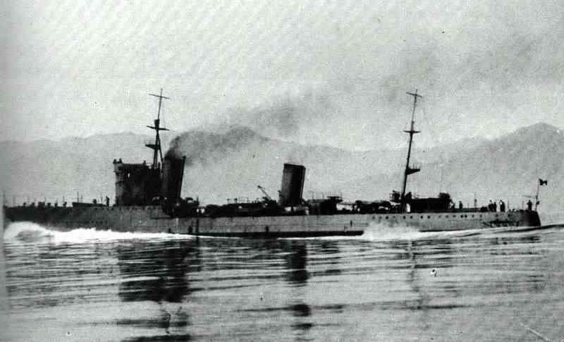 Croiseurs italiens Antoni10