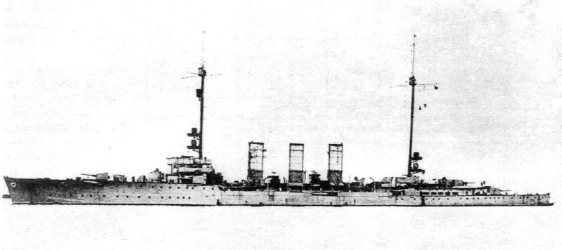 Croiseurs allemands - Page 2 Regens10