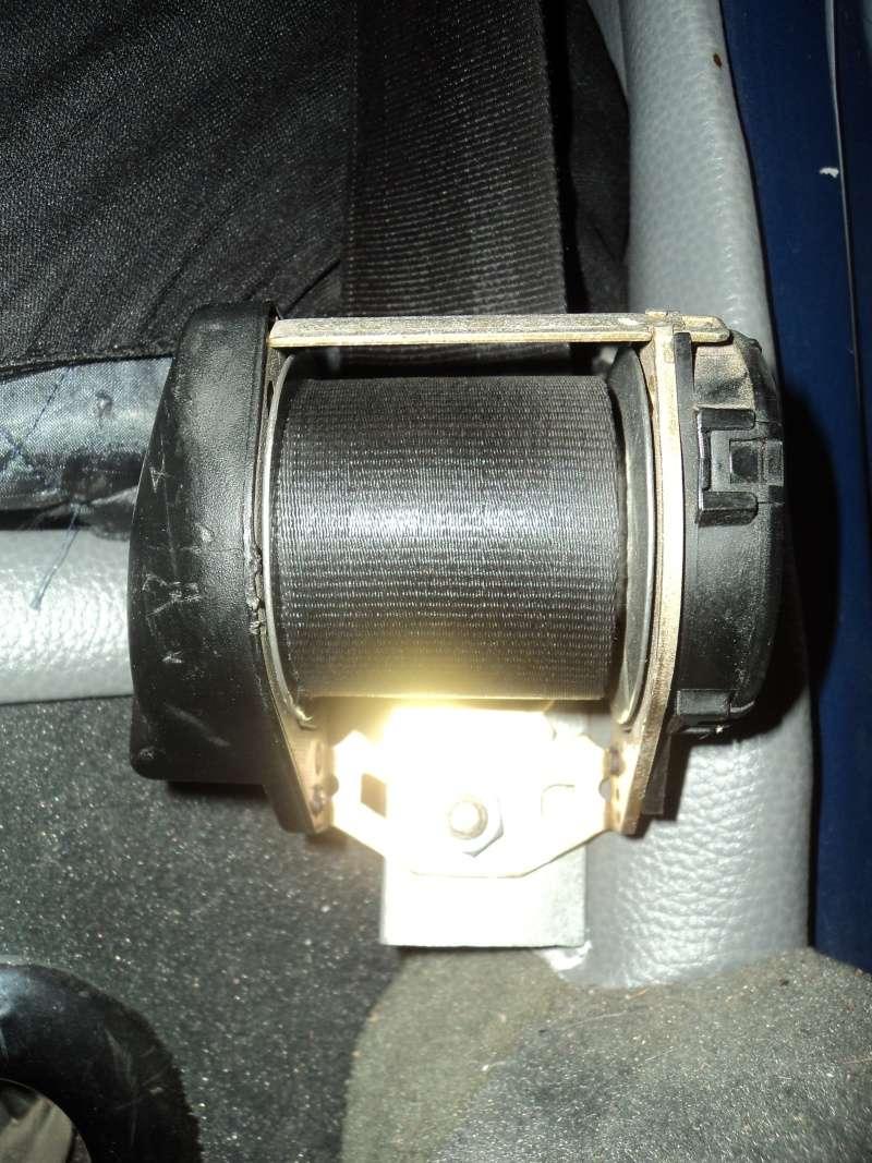 Fixation ceintures Dsc06822