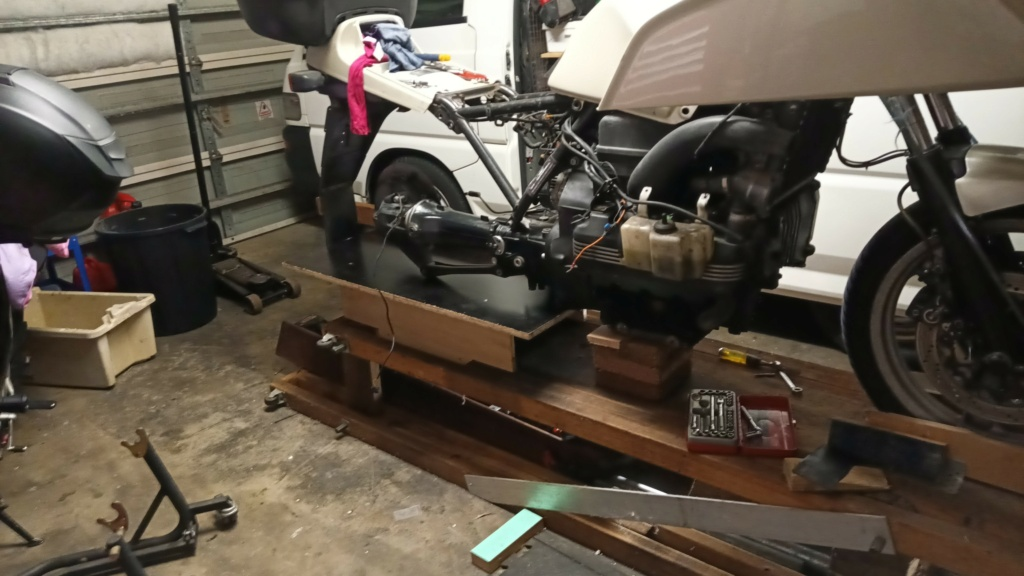 Remove swingarm and gearbox together? K210
