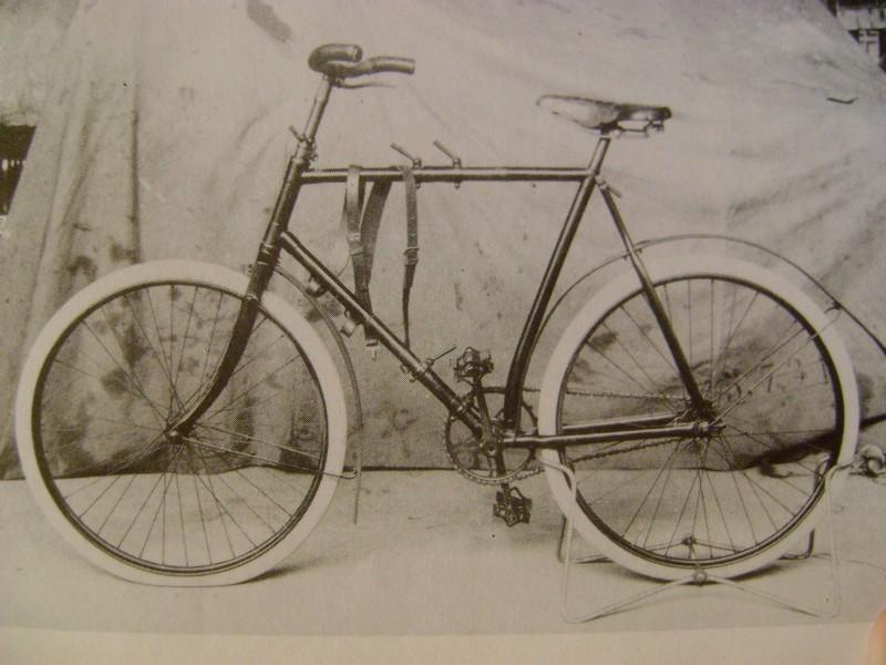 Les vélos règlementaires ou non en 1914 Dsc00210