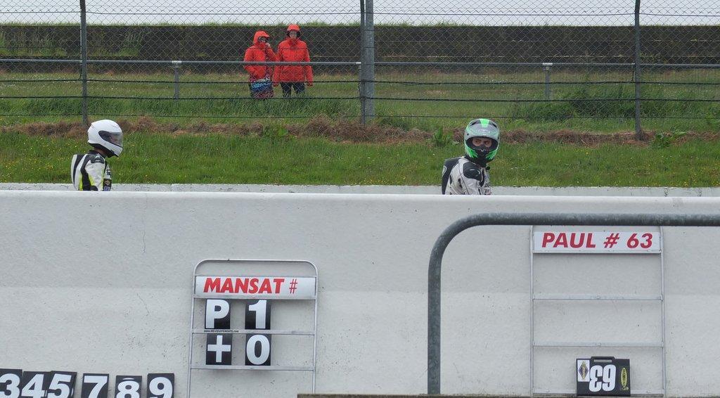 [Pit Laners en course!] Carnet de piste d'Alex (saison 2) - Page 2 Dscf1316