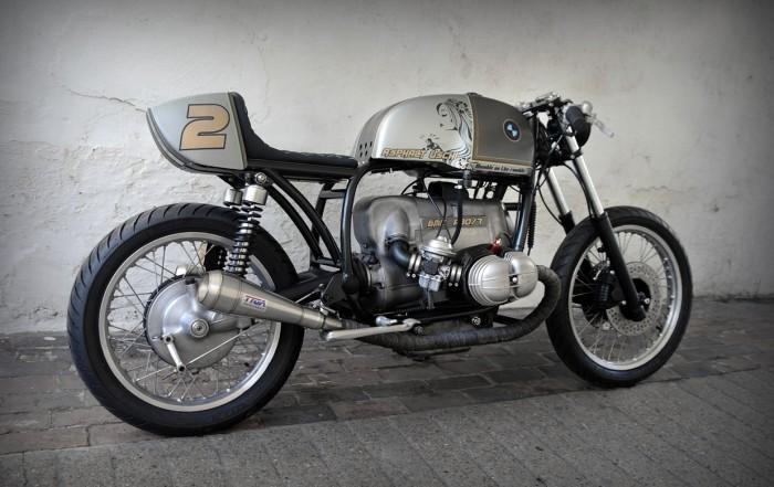 PHOTOS - BMW - Bobber, Cafe Racer et autres... - Page 2 D-luck10
