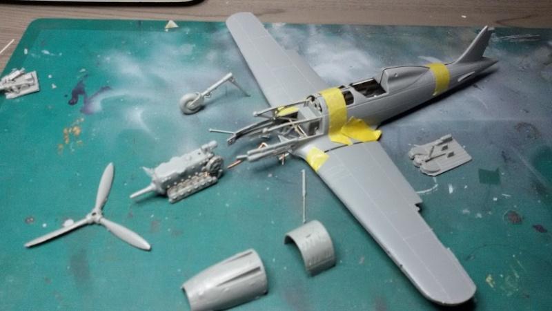 Macchi C.205 - 1:48 Tauro Model Explod10