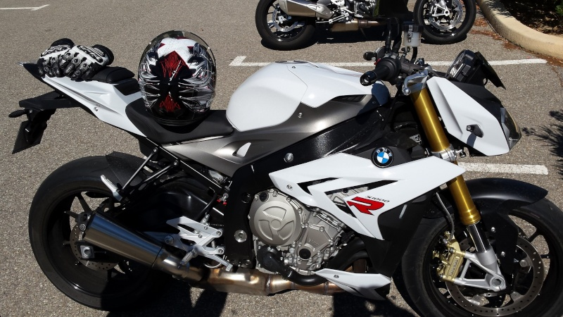 BMW S1000XR - Page 3 20150817