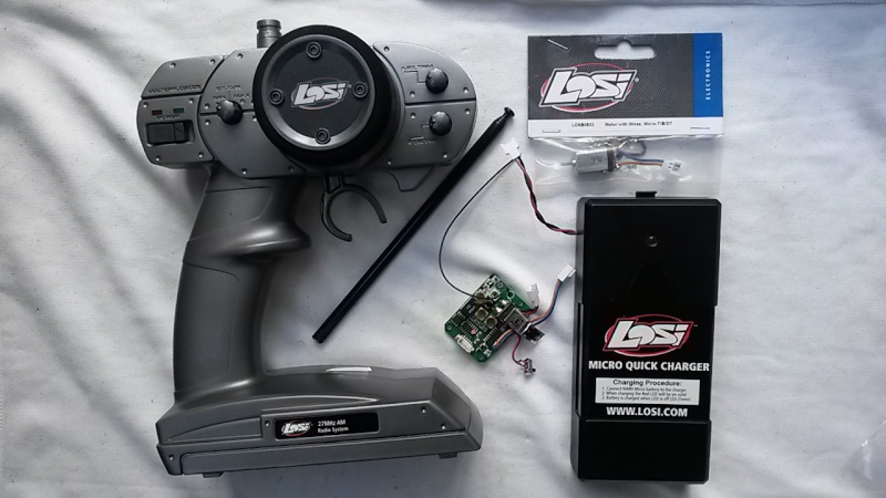 Vends Platine losi  27 Mhz,radio , chargeur nimh, moteur neuf 20150610