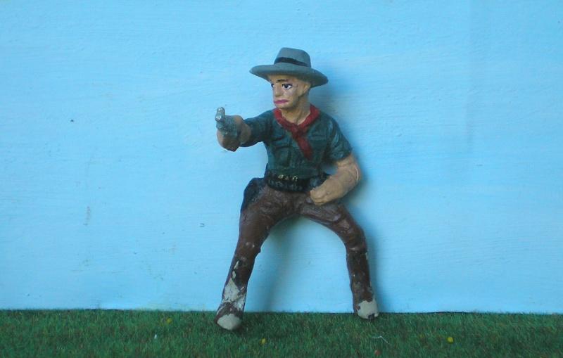 Bemalungen, Umbauten, Modellierungen - neue Cowboys für meine Dioramen 082d1_10