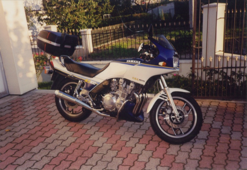 [motos] forum sur nos motos  2001-010