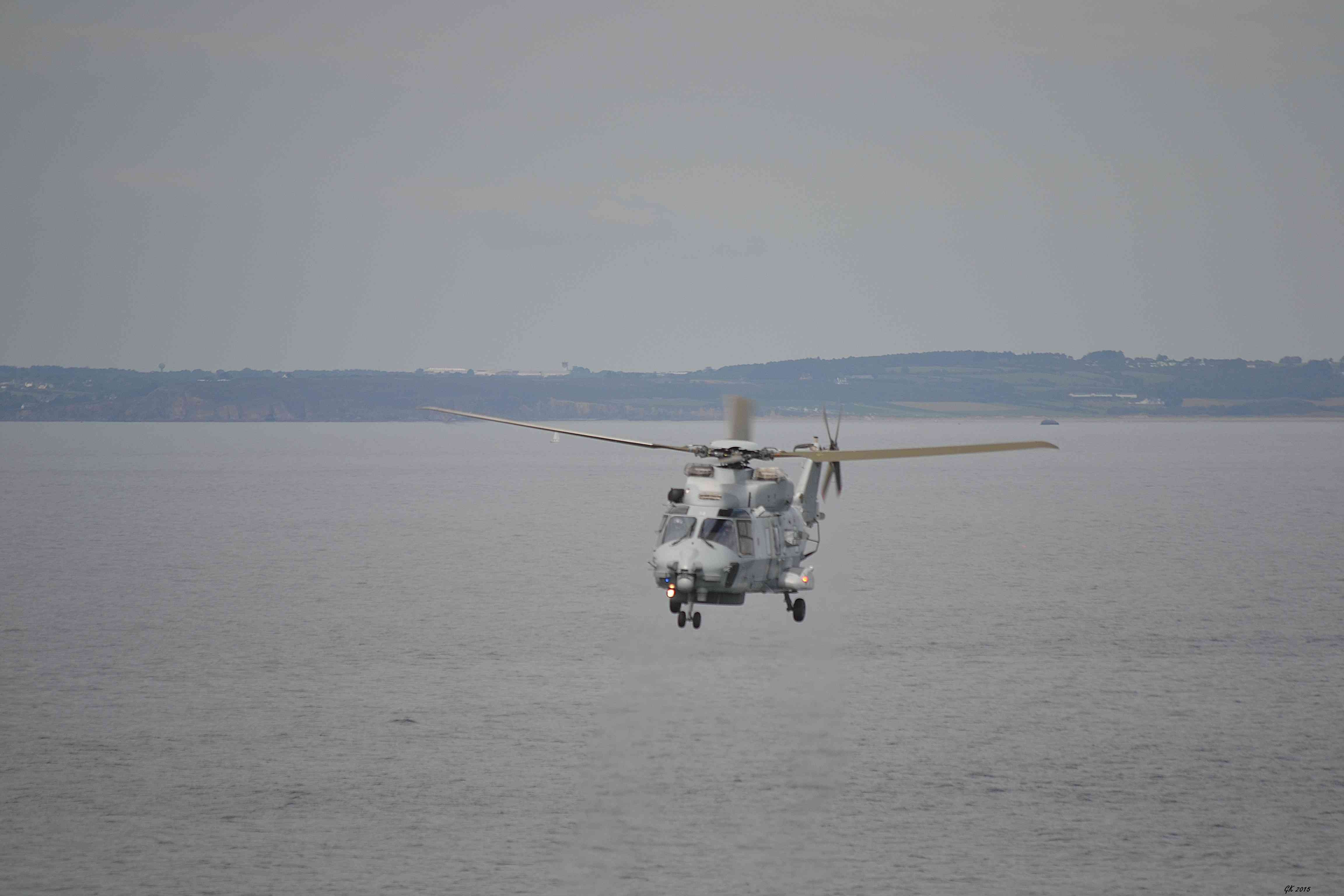 [Aéronavale divers] Hélico NH90 - Page 5 Dsc_1710
