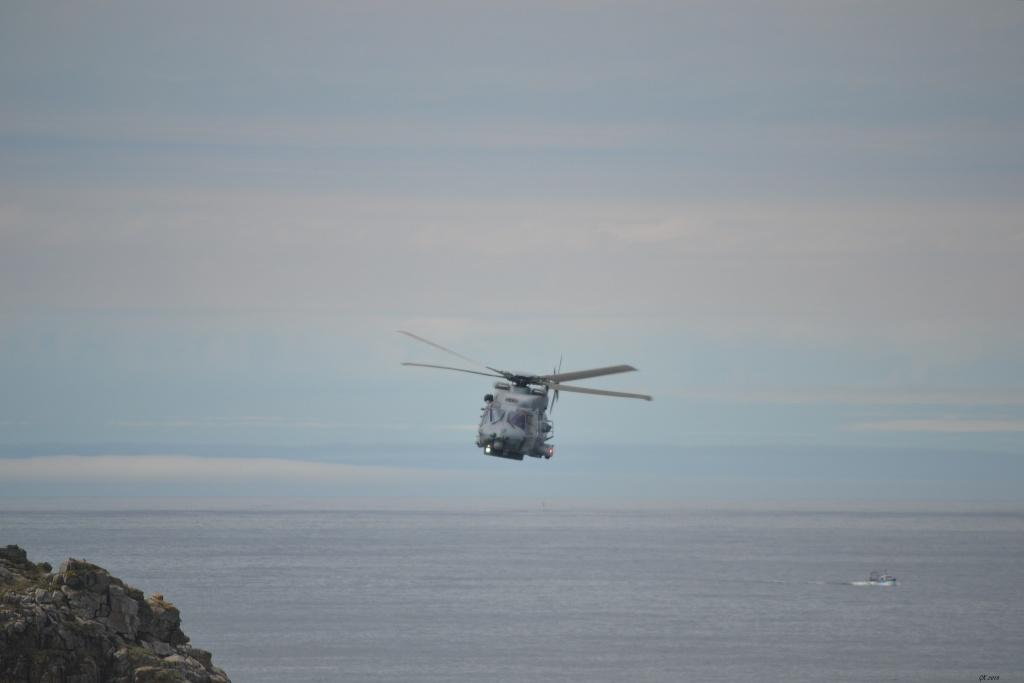 [Aéronavale divers] Hélico NH90 - Page 5 Dsc_1714