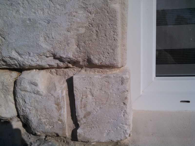 comment reparer pierre en craie ? A_vend16