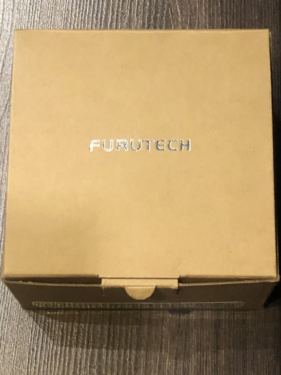 Furutech gold wall plate (reserved) Be94df10