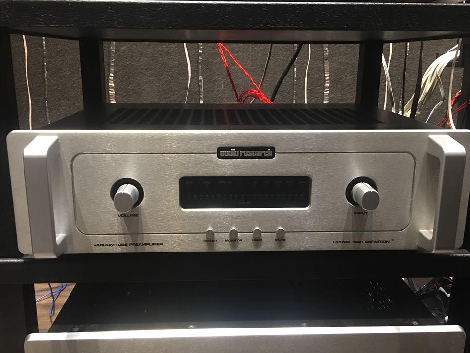 Audio Research LS17se SOLD Ls1712