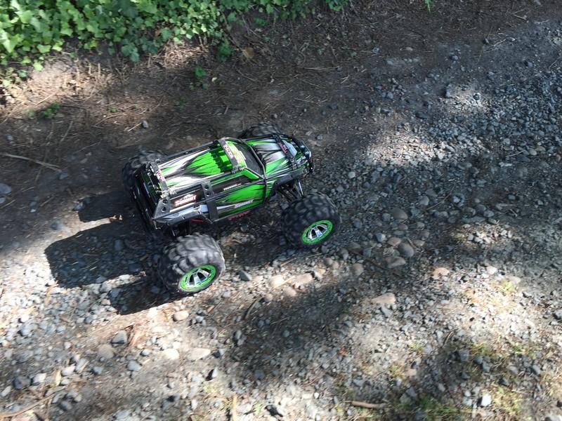 Mon nouveau jouet : Traxxas Summit 1/8 - réglé et prêt à rouler - Page 5 2e_sum20