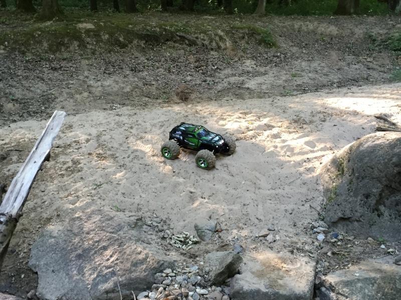 Mon nouveau jouet : Traxxas Summit 1/8 - réglé et prêt à rouler - Page 5 2e_sum28