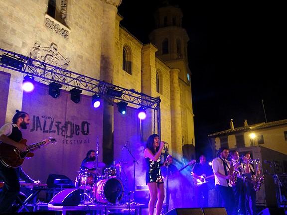 Baza Jazz Bazaja11