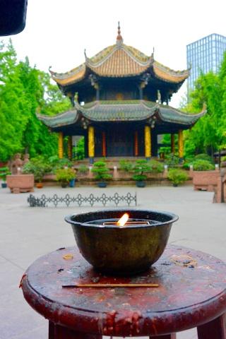 Avril 2015 en Chine (3) : augmentation fulgurante du trafic aérien, spiritualité en Chine Temple10