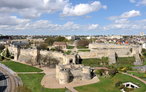 FALAISE 2015, les 01 attaqueront la Normandie - Page 3 Chatea10