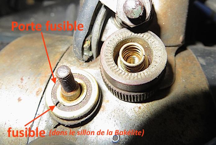 Restauration Peugeot 301 D coupé - Page 5 Fusibl11