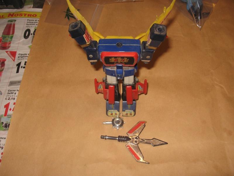 Robot vintage giocati  Img_4324