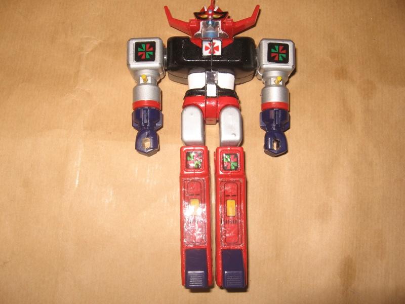 Robot vintage giocati  Img_4326