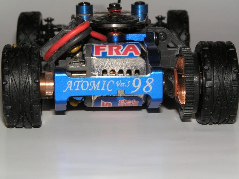 mes mini z , mes carrosseries et mes châssis .  P1110012