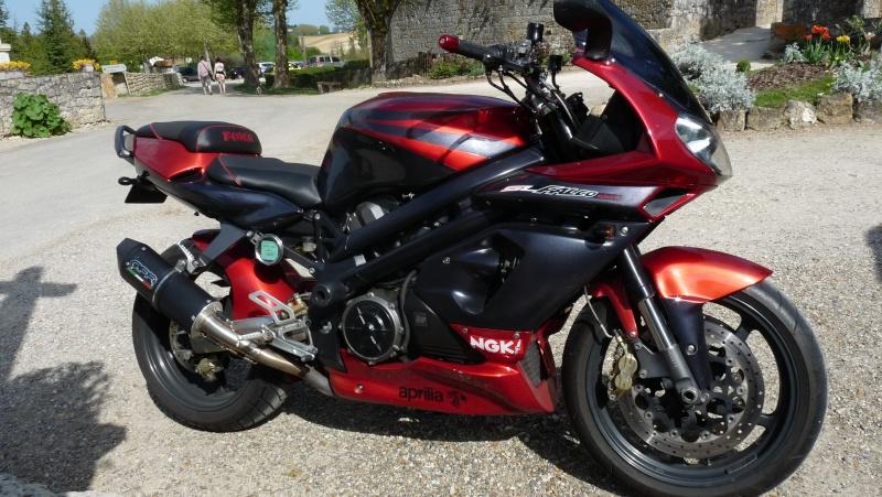 mème ma 2 roues est italienne P1100411